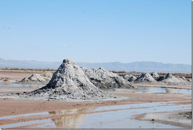 02-08-10 A Mud Volcanos Slabs 004