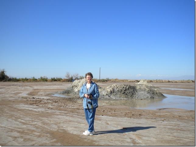 02-08-10 A Mud Volcanos Slabs 038
