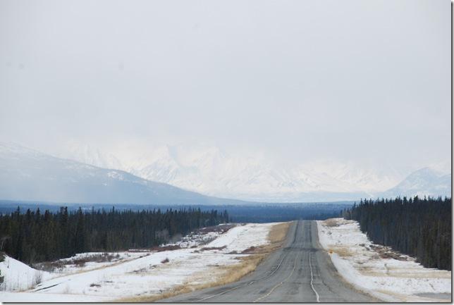04-24-09  B Alaskan Highway - Yukon 031