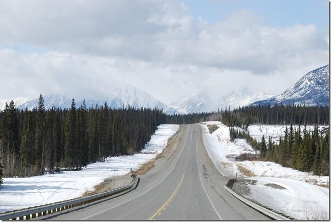 04-24-09  B Alaskan Highway - Yukon 059