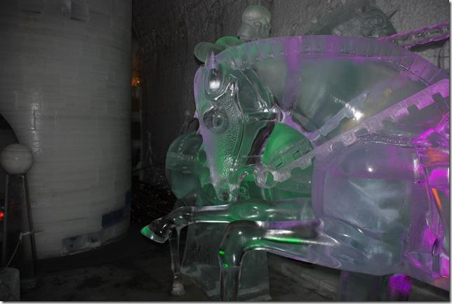 05-19-09 B Aurora Ice Museum 040
