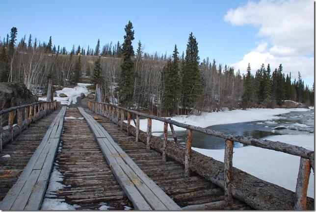 04-24-09  B Alaskan Highway - Yukon 038