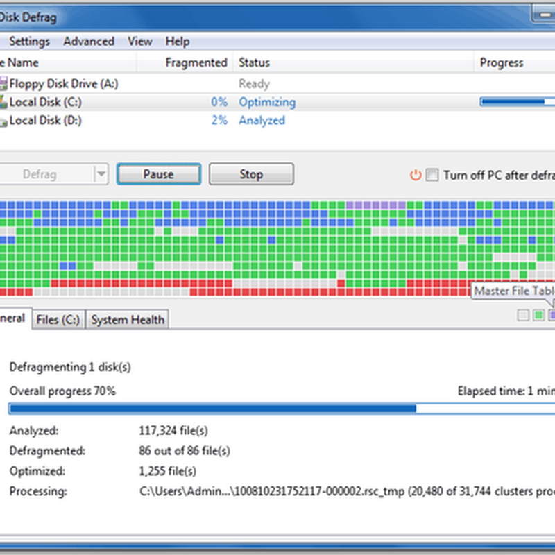 Auslogics Disk Defrag performs defragmentation in real-time
