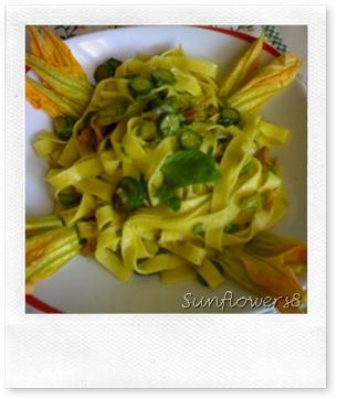 Tagliatelle con zucchine e menta 2