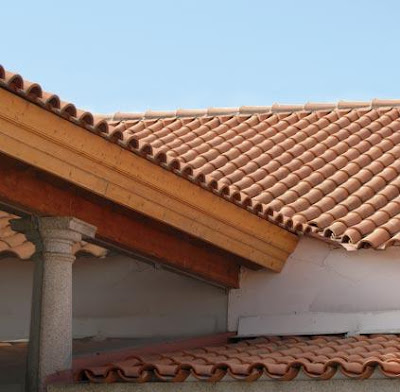 Selecting roofing material for your house in kenya for Roofing styles in kenya