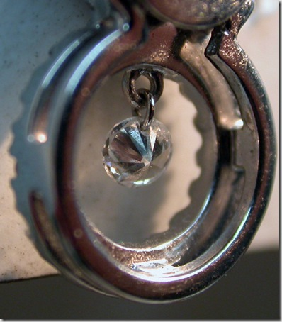 Hole-in-Diamond-1