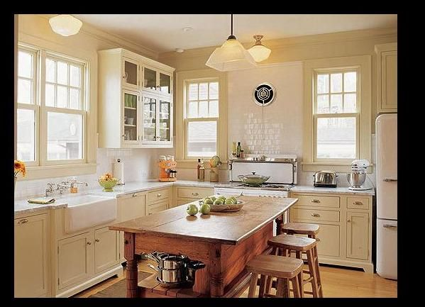 Kitchen help need creamy cabinets with white appliance for Kitchen ideas for 1920s house
