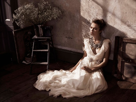 includes_img_collections_bride_campaign10_symphony_medium