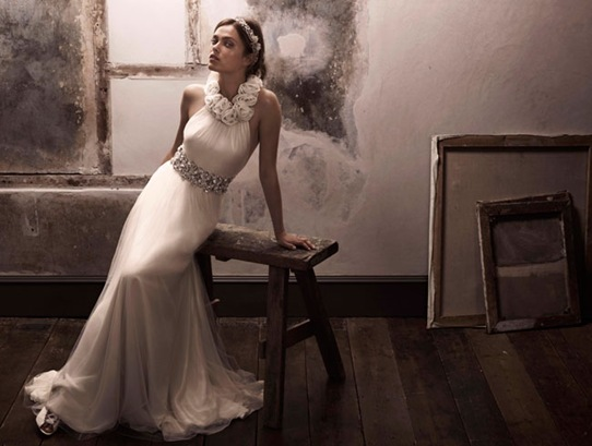 includes_img_collections_bride_campaign10_seraphina_medium