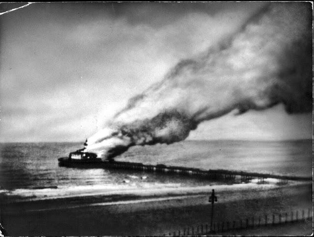 scheveningse pier, brand 1943