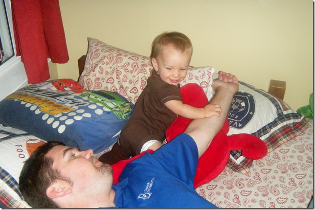4.11.11 - playtime with daddy 002