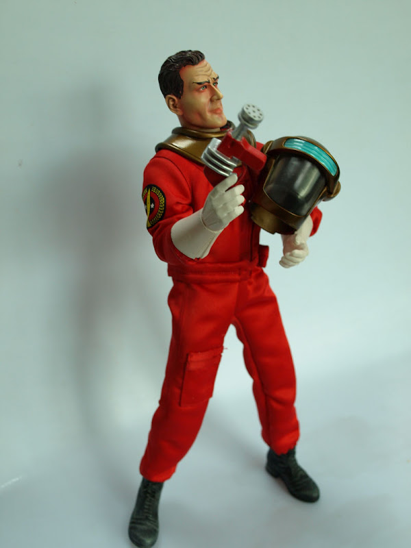 Dan Dare figure from Day2Day border=