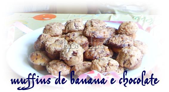 Schokoladen-Bananen-Muffins mit streuseln