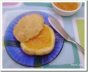 scone con mermelada de Mango
