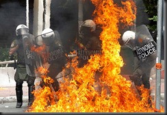 greek-riot-pic-reuters-389159773