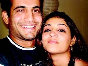 Irfan Pathan with girlfriend Shivangi Dev
