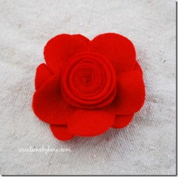 felt-flower-hair-clip-tutorial-018-300x297