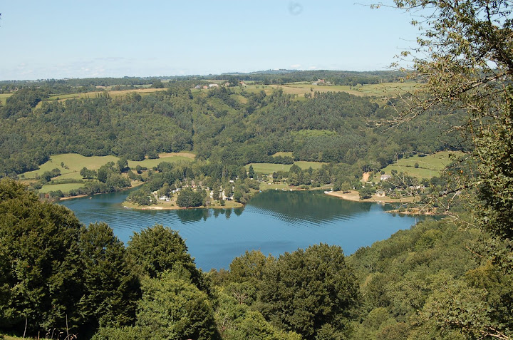 Tour du Cantal 2009 - Page 4 Lac%20d%27Enchanet%20Aout%202008%20%284%29