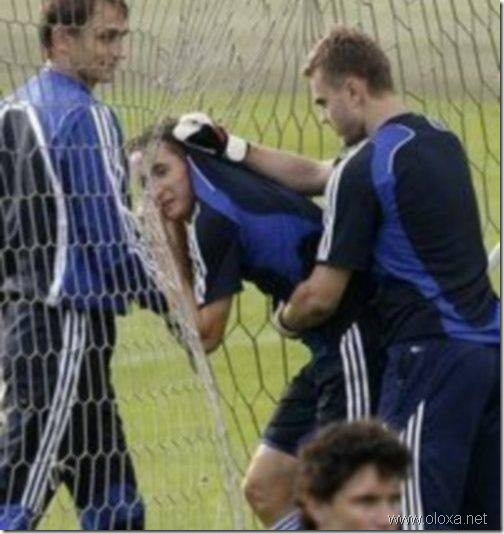 funny-soccer-moments-10