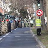 Plus de 100 tracteurs, IMPRESSIONNANT