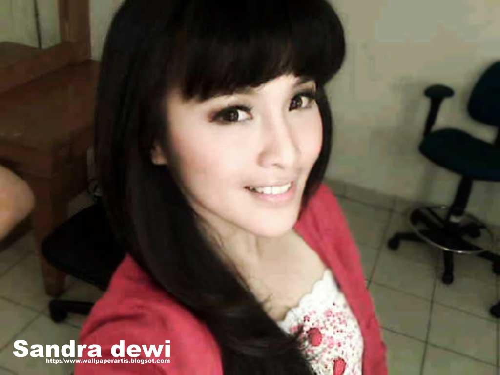 Foto Sandra Dewi Bugil