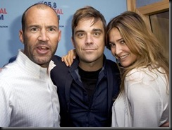 robbie-williams-1252073789-gallery-detail-0