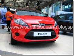 Warna ford fista Merah