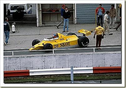 F8 F1
