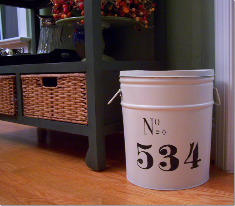 Stenciled Tin Can 013