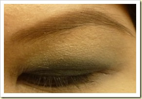 The body shop baked eye shadow makeover close