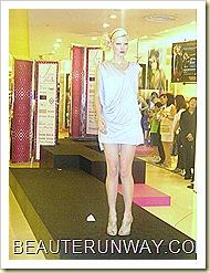 Tangs Fashion Show I am Woman 23