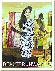 Tangs Fashion Show I am Woman 30