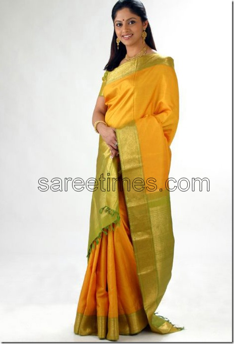 Nathiya-Traditional-Silk-Sari