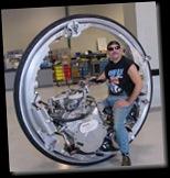 mcLean-V8-Monowheel