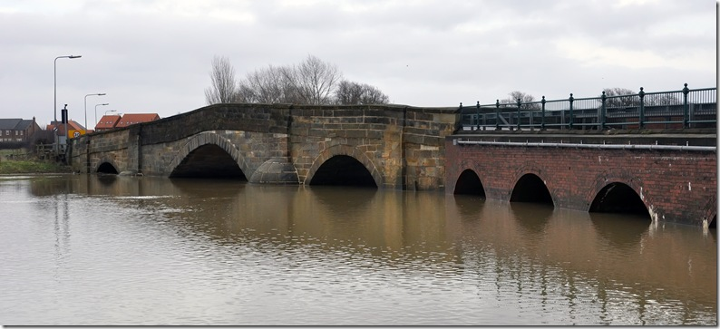 floodwater at river derwent bridge colour
