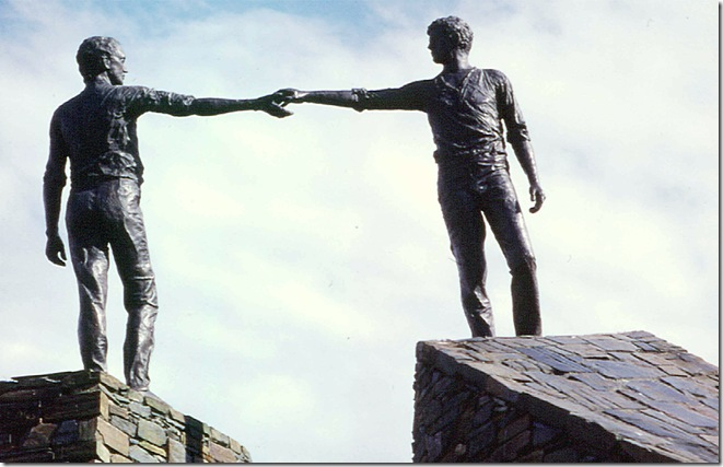 derry peace statue apart