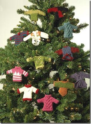 Adornos para el árbol de navidad hechos en ganchillo