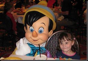 Christmas-in-Disneyland-034