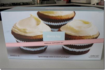 Vanilla cupcake kit