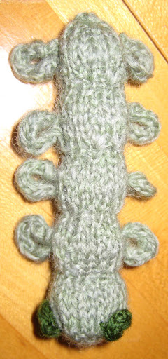 ChemKnits: Metamorphosis Part I - Caterpillar Knitting Pattern