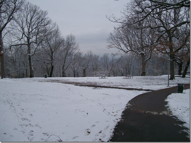 snow and retro items039