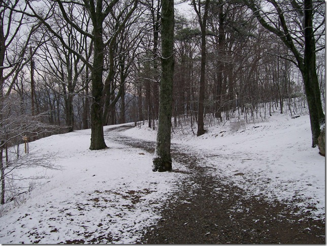 snow and retro items024