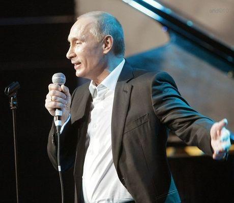 http://lh4.ggpht.com/_UTri2IteCmU/TRIloy3mK3I/AAAAAAAAAKE/FR5CpKfU5vs/Putin1.jpg