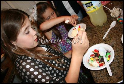 Ice Cream Bar in Action