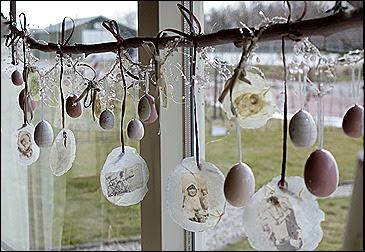 Just jeanette paasschelpen eitjes in de lucht for Hangdecoratie raam