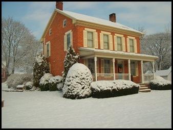 Loris House 1