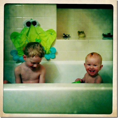 kids in bath3