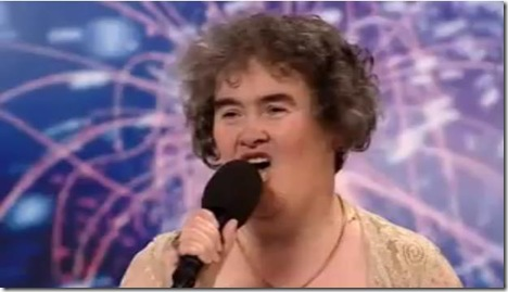 susan-boyle-pic-singing-cry-me-a-river-britains-got-talent-2009-audition