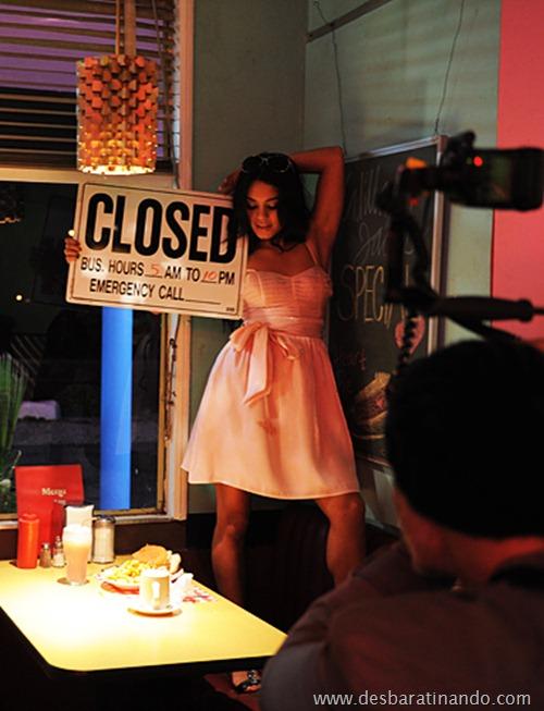 Vanessa Hudgens linda sensual e gata desbaratinando (11)