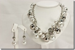 Lg Pearl & Silver ball Party Set